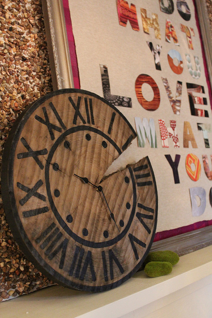 DIY Copy Cat- Pottery Barn Clock