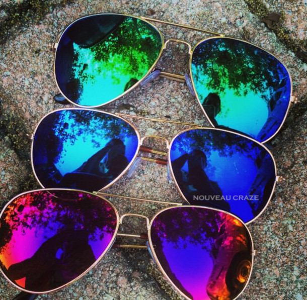 u372nx-l-610x610-sunglasses-mirror+aviators-colors-green-aviator-mirror-colorful-rainbow-chic-l-miami-style-blogger+sunglasses